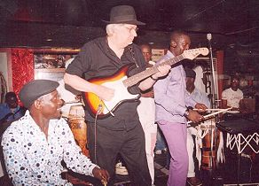 Hasse Walli jamming with Master Percussionist Mbaye Dieye Fay
